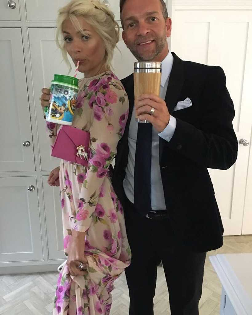 Here\'s all the goss on Dan Baldwin aka. Mr Holly Willoughby! | Closer