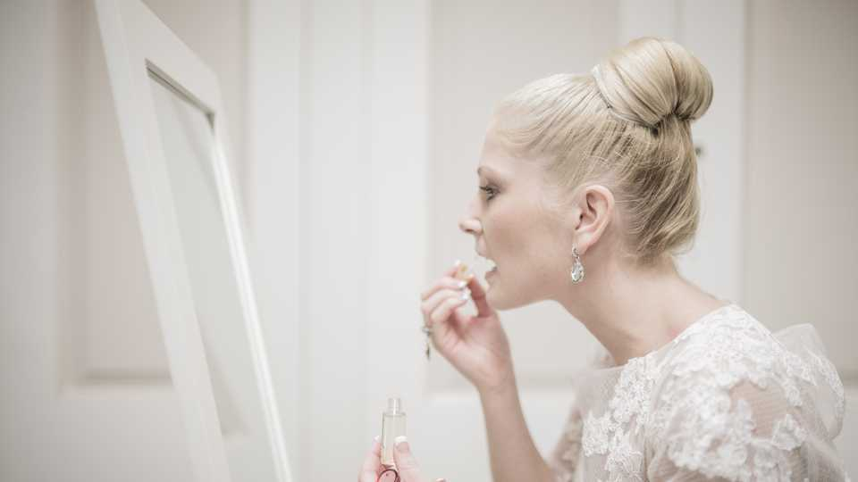 Bridal Beauty How To Make Your Wedding Hair And Makeup Last All Day