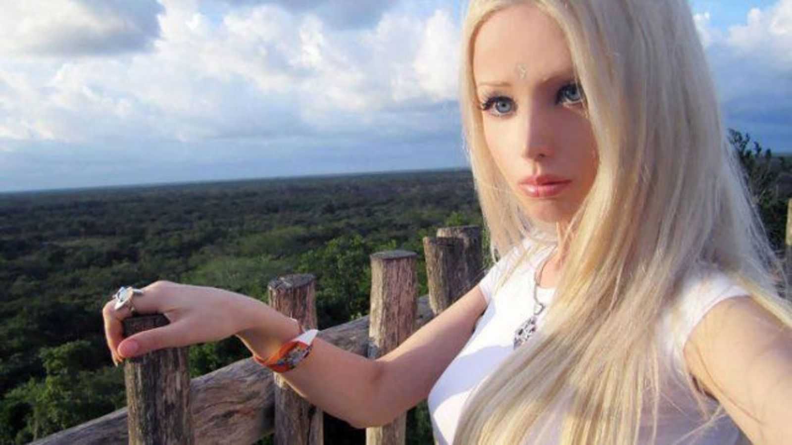 Twenty Things You Didnt Know About Valeria Lukyanova The Human Barbie Closer