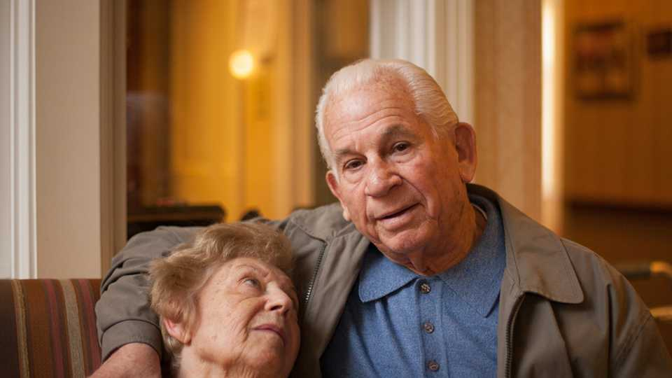 WATCH: Couple married 69 years die minutes apart, holding
