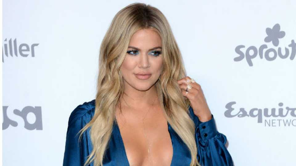 How To Get Khloe Kardashians Perfect Wavy Layers Closer