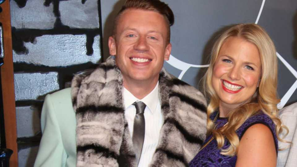 Who is macklemore dating