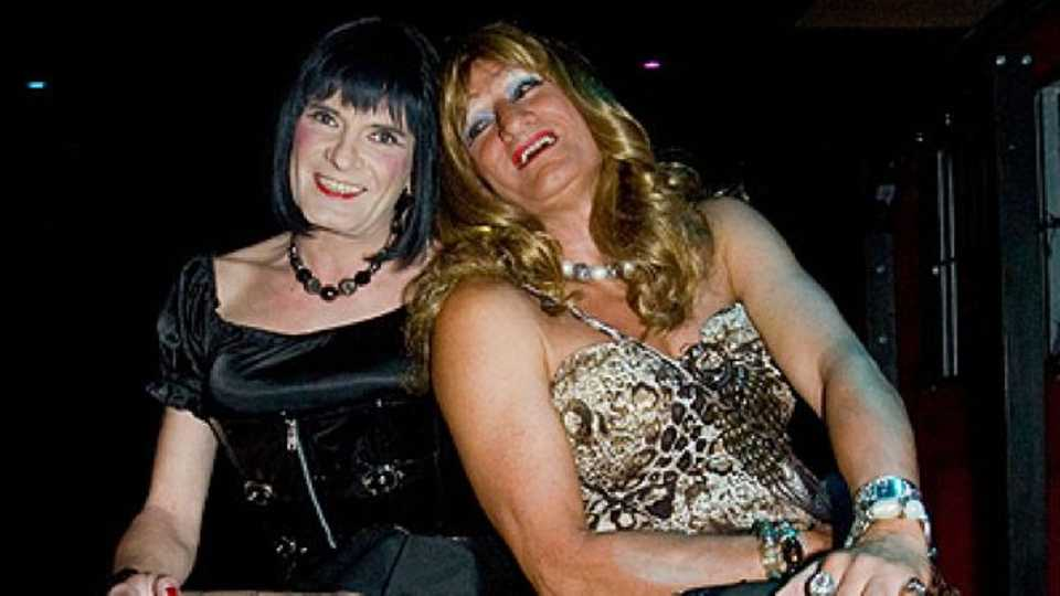 Transvestite swingers party: We glam up and swing too