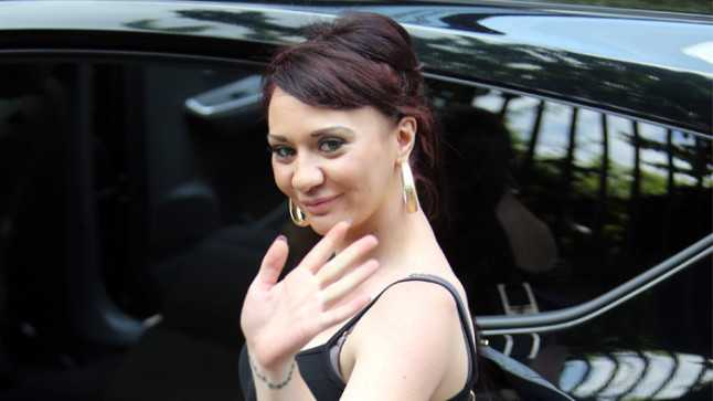 Josie Cunningham have revealed her latest money-making scheme – she's going  to sell her breast milk.