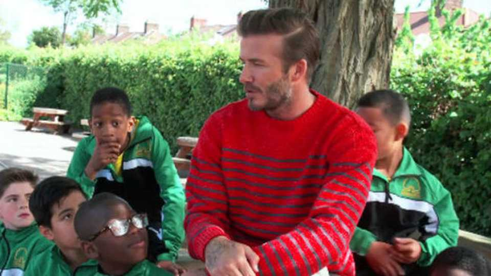 VIDEO: David Beckham surprises kids at his old primary school | Closer