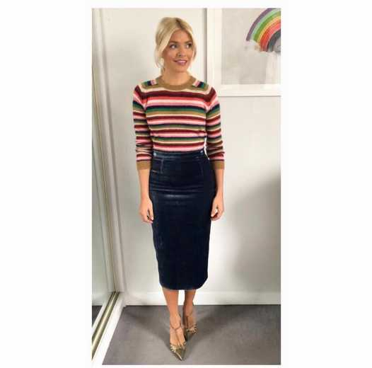 Fans Can T Get Over Holly Willoughby S Latest Throwback
