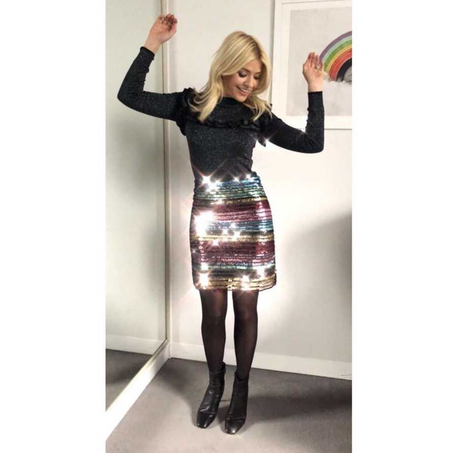 Holly Willoughby S Guide To Rocking Rainbow Fashion Closer