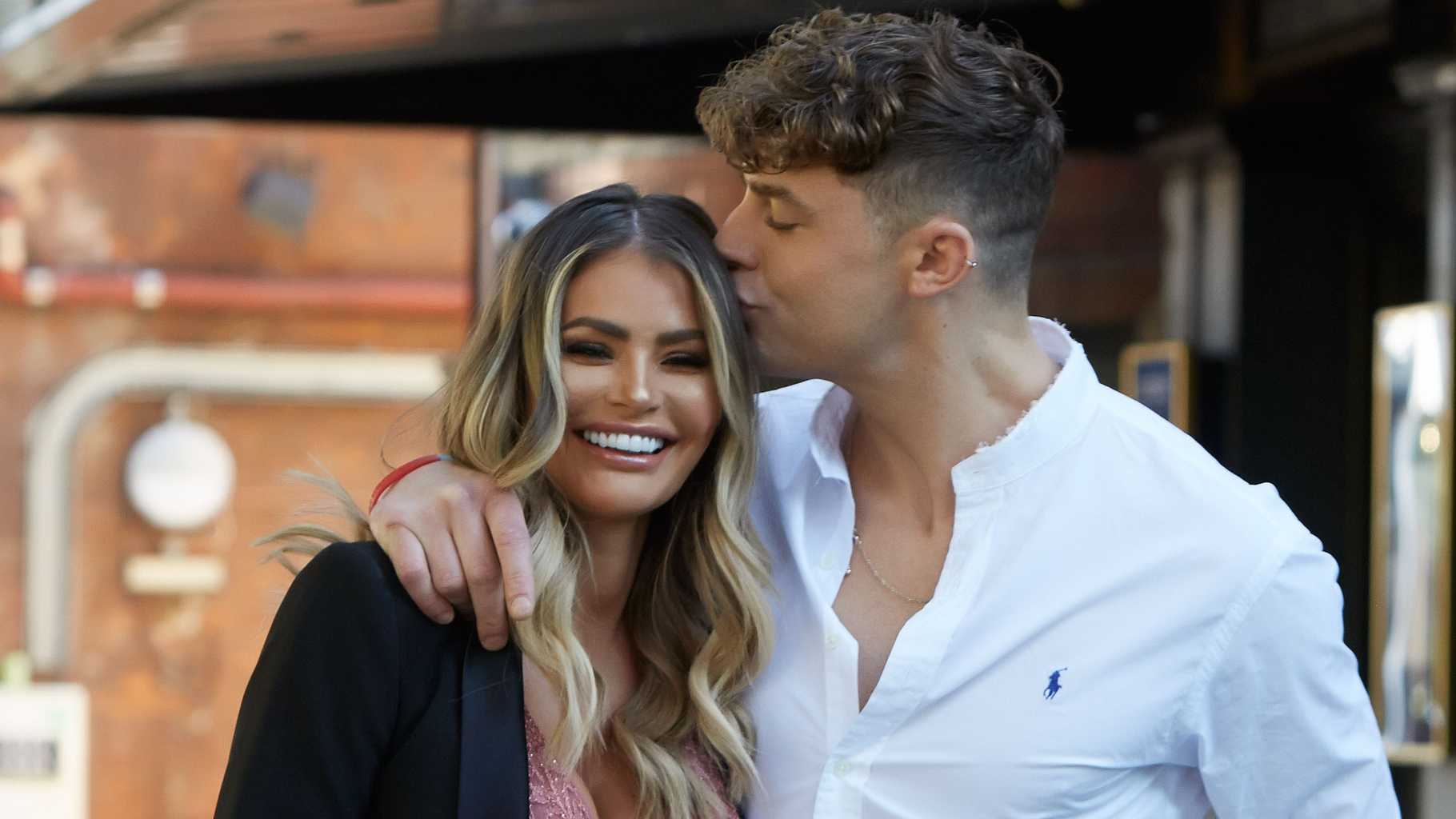 chloe sims dating show