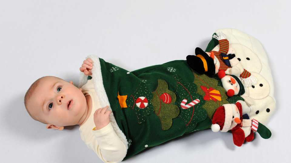 10 Gift Ideas For Babys First Christmas Closer
