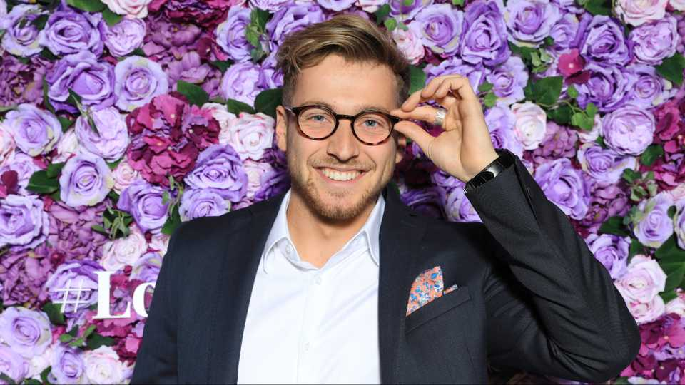 Celebs Go Dating star Sam Thompson spotted on EXCLUSIVE celebrity dating app