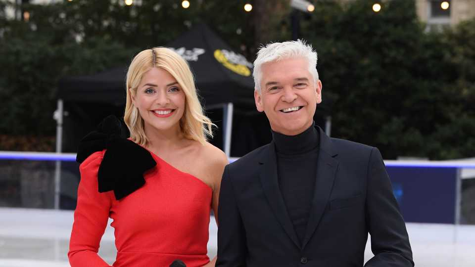 1a7513ea14 Phillip Schofield reveals  amazing  Christmas gift that Holly ...